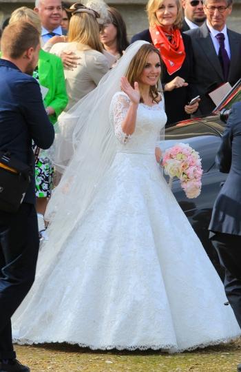 boda de Geri Halliwell2 - LAS FOTOS Y EL VÍDEO DE LA BODA DE GERI HALLIWELL