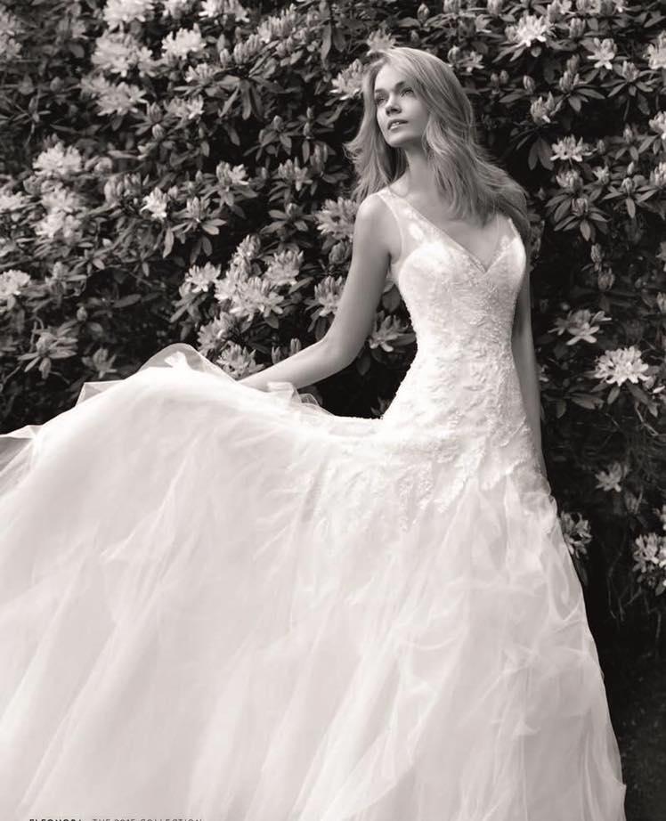 vestidos de novia online espana: novias sol, en galicia - flores