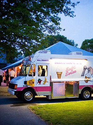 Como incorporar food trucks para el catering de tu boda