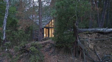 la cabaña perfecta para desconectarse 480x266 - POLE Architects -la cabaña idónea para desconectarse